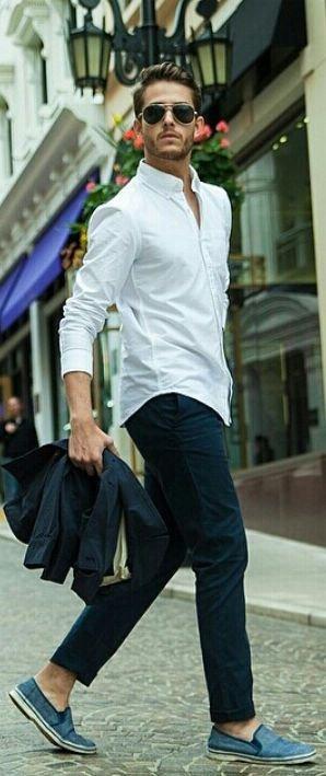 白ボタンダウンシャツコーデ例