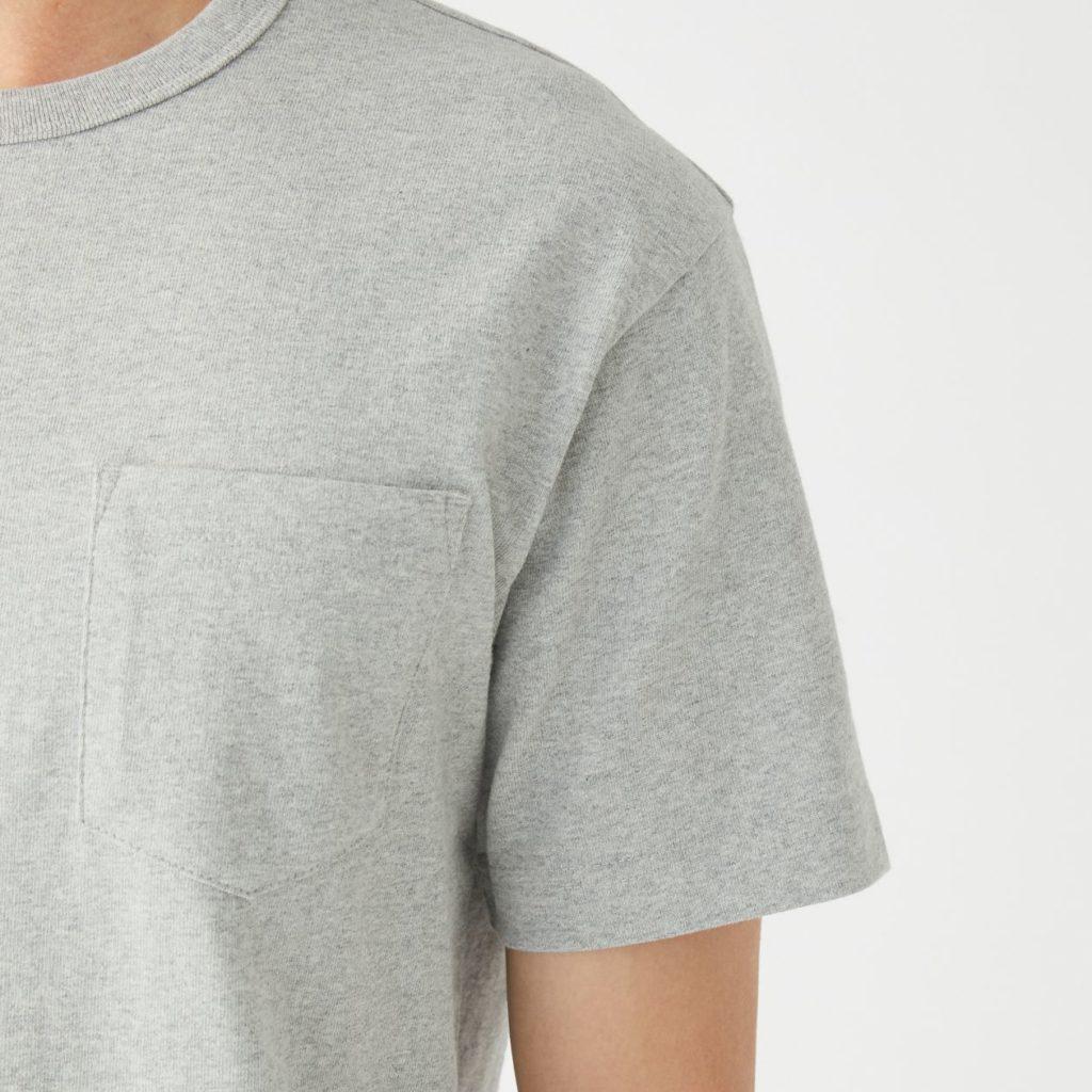 無印良品Tシャツを袖